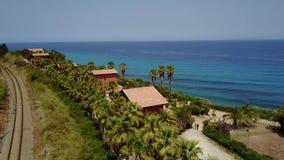 海角的鸟瞰图,海岸, Sant `艾琳,布里亚蒂科,意大利 股票录像
