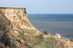 从海角Pekla的亚速号海岸对海角Achilleion 免版税库存图片
