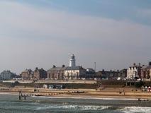 海边和灯塔 免版税库存图片
