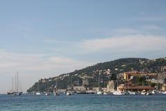 海边在Villefrance sur le mer 库存照片