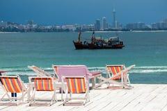 海边大阳台 免版税图库摄影
