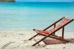 海边椅子 库存图片
