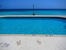 海边水池加勒比海滩胜地 免版税库存照片