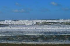 海边波浪 库存照片
