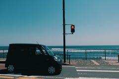 海边红灯 免版税库存照片