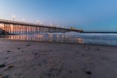 海边,加利福尼亚渔码头在黎明 库存照片