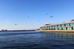 海边Konak码头 免版税库存照片