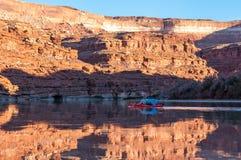 海运划皮船的Canyonlands 免版税库存图片