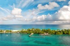 海运和天空 美好的风景巴哈马 库存照片