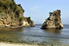 海运和岩石 图库摄影