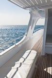 海运白色游艇 免版税图库摄影