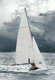 海运风雨如磐的游艇 免版税图库摄影