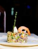 海鲜开胃菜用桃红色大虾 免版税库存照片