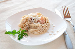 海鲜意大利面食用大虾 免版税库存图片