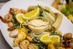 海鲜沙拉-虾,乌贼章鱼 图库摄影