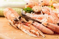 海鲜盛肉盘海螯虾 库存照片