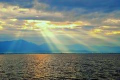 海,天空,在日出时间 免版税库存照片