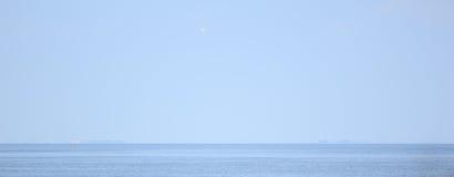 海,天空,简单派 库存图片