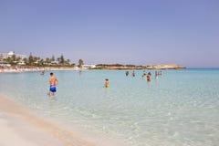 海滩假日在塞浦路斯 免版税库存图片