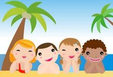 海滩儿童空白礼服的姐妹 免版税库存照片