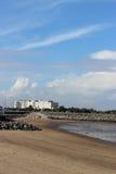海滩和内地旅馆,莫克姆,兰开夏郡 库存照片
