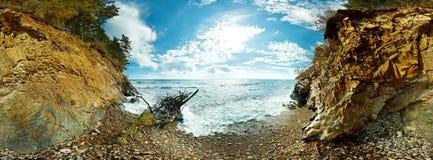 360海滩和岩石的球状全景在贝加尔湖 库存照片