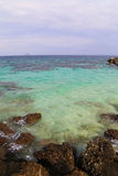 海洋和岩石 免版税库存照片