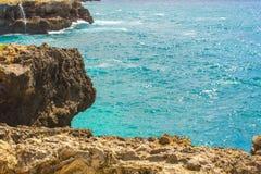 海洋和岩石 免版税库存图片