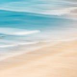 海滩和海浪 免版税库存照片