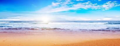 海滩和海洋 免版税库存照片