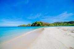 海滩和热带海 免版税图库摄影