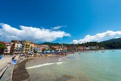海滩圣泰伦佐-莱里奇利古里亚意大利 库存图片