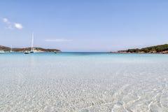 海滩在可西嘉岛 免版税库存图片