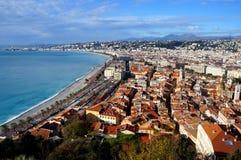 海滩在尼斯,法国的看法 免版税图库摄影