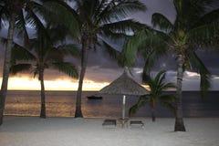 海滩在晚上,毛里求斯 免版税库存图片