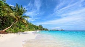 海滩在泰国的夏天 免版税库存照片