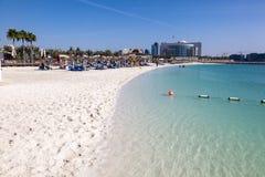 海滩在阿布扎比 库存照片