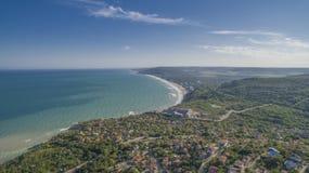 海滩在从上面巴尔奇克,保加利亚 图库摄影