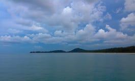 海洋在离海岸的附近 库存图片