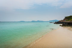 海滩在Satatahip泰国 免版税库存照片