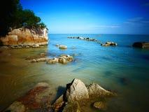 海滩场面在槟榔岛,马来西亚 免版税图库摄影