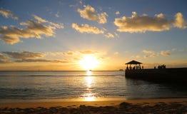 海滩夏威夷檀香山奥阿胡岛日落waikiki 免版税库存图片