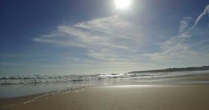 海滩多云海岸线天气冬天 股票录像