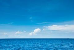 海洋天际 库存图片