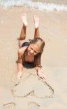 海滩女孩一点 免版税库存图片