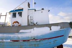 海滩小船钓鱼 库存照片