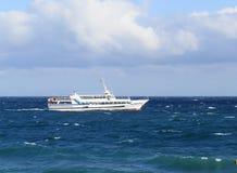 海 小船 库存图片