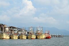 海滩小船danang捕鱼nam viet 免版税库存图片