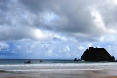 海滩费尔南多・迪诺罗尼亚群岛 库存图片
