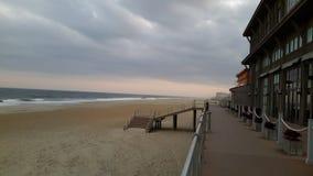海洋岸木板走道 库存图片